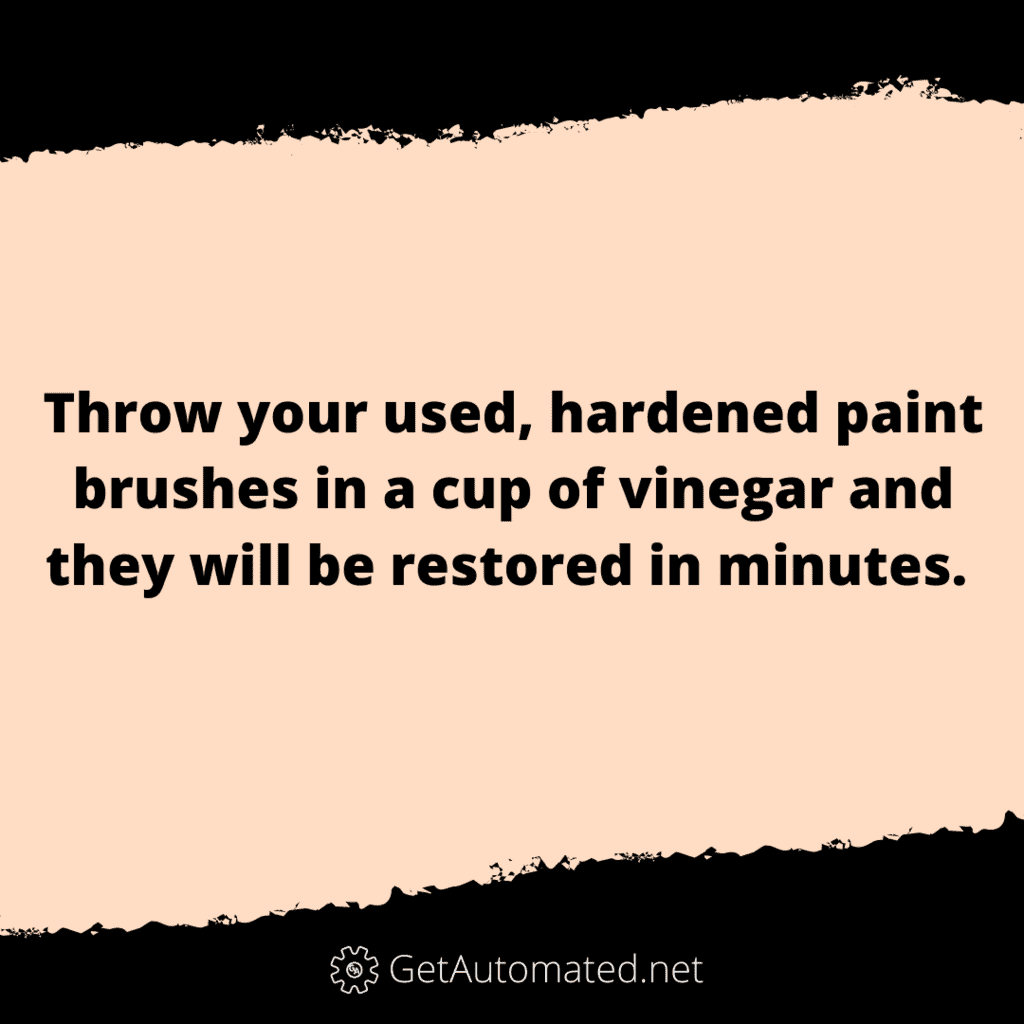 clean paint brushes vinegar life hack